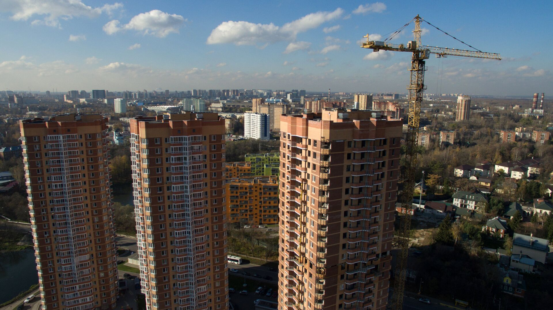 Строительство жилых домов в городе Химки  - РИА Новости, 1920, 02.09.2020