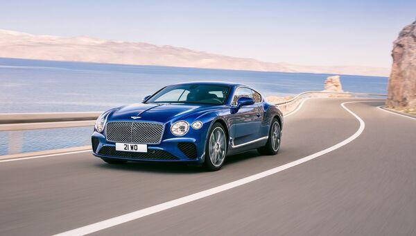Автомобиль Bentley Continental GT. Архивное фото