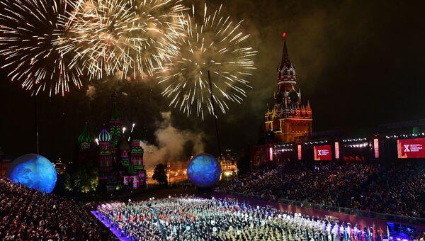 Церемония закрытия X Международного военно-музыкального фестиваля Спасская башня в Москве. Архивное фото