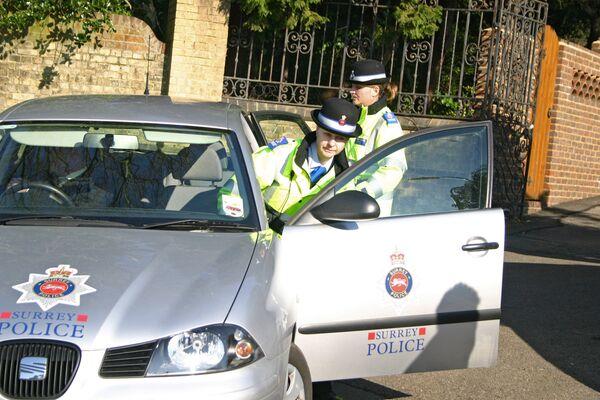 Сотрудники британской полиции. Архив