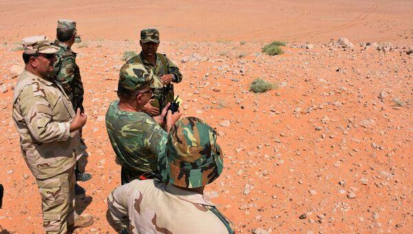 Сирийские военные в окрестностях Дейр-эз-Зора. Архивное фото