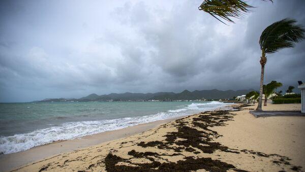 Ураган надвигается на пляж. 5 сентября 2017
