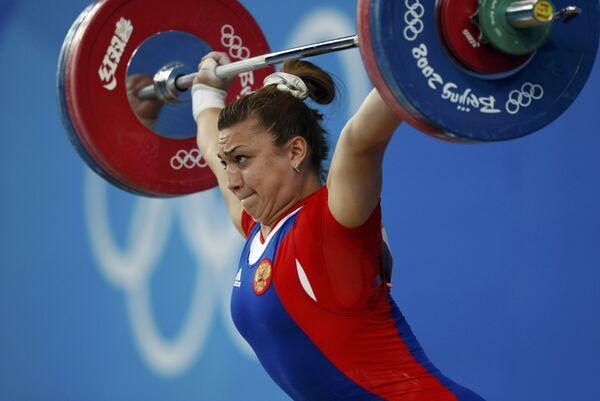 Российская тяжелоатлетка Надежда Евстюхина