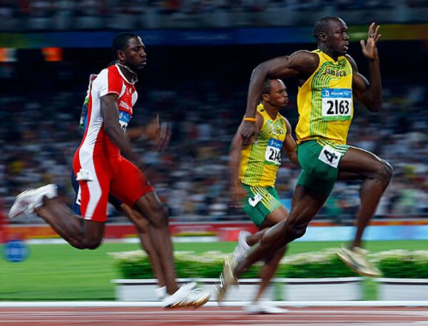 Усэйн Болт выиграл 100-метровку на Олимпиаде с мировым рекордом