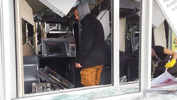 Последствия взрыва банкоматов на юго-востоке Москвы. 19 сентября 2017