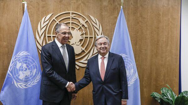 Глава МИД РФ Сергей Лавров на встрече с Генеральным секретарем ООН Антониу Гутеррешем