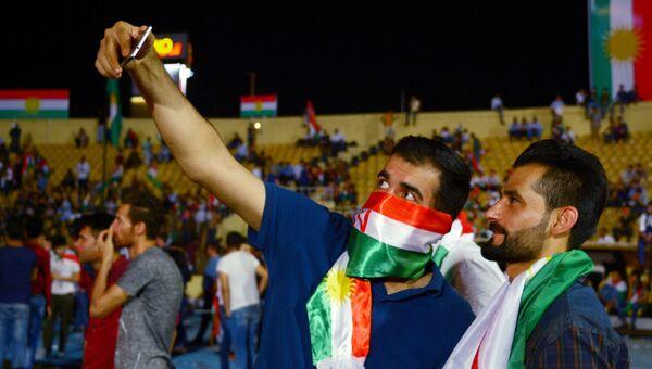 Сторонники независимого Иракского Курдистана на Фестивале независимости на стадионе Франсо Харири в Эрбиле. 22 сентября 2017