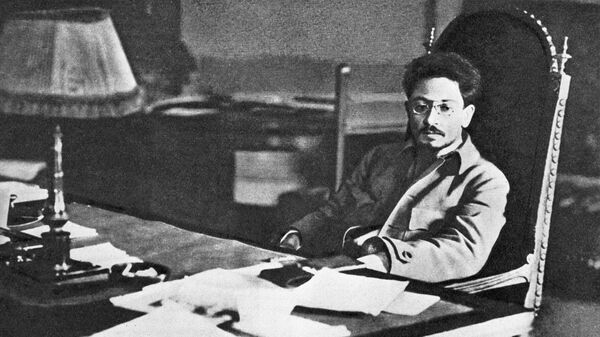 Яков Михайлович Свердлов (1885-1919), политический и государственный деятель, революционер, большевик