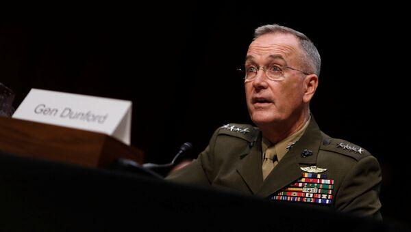 Генерал Джозеф Данфорд свидетельствует в комитете по вооруженным силам сената США. 26 сентября 2017
