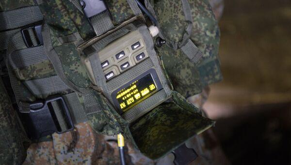 Элементы комплекса Стрелец в составе экипировки российских военнослужащих