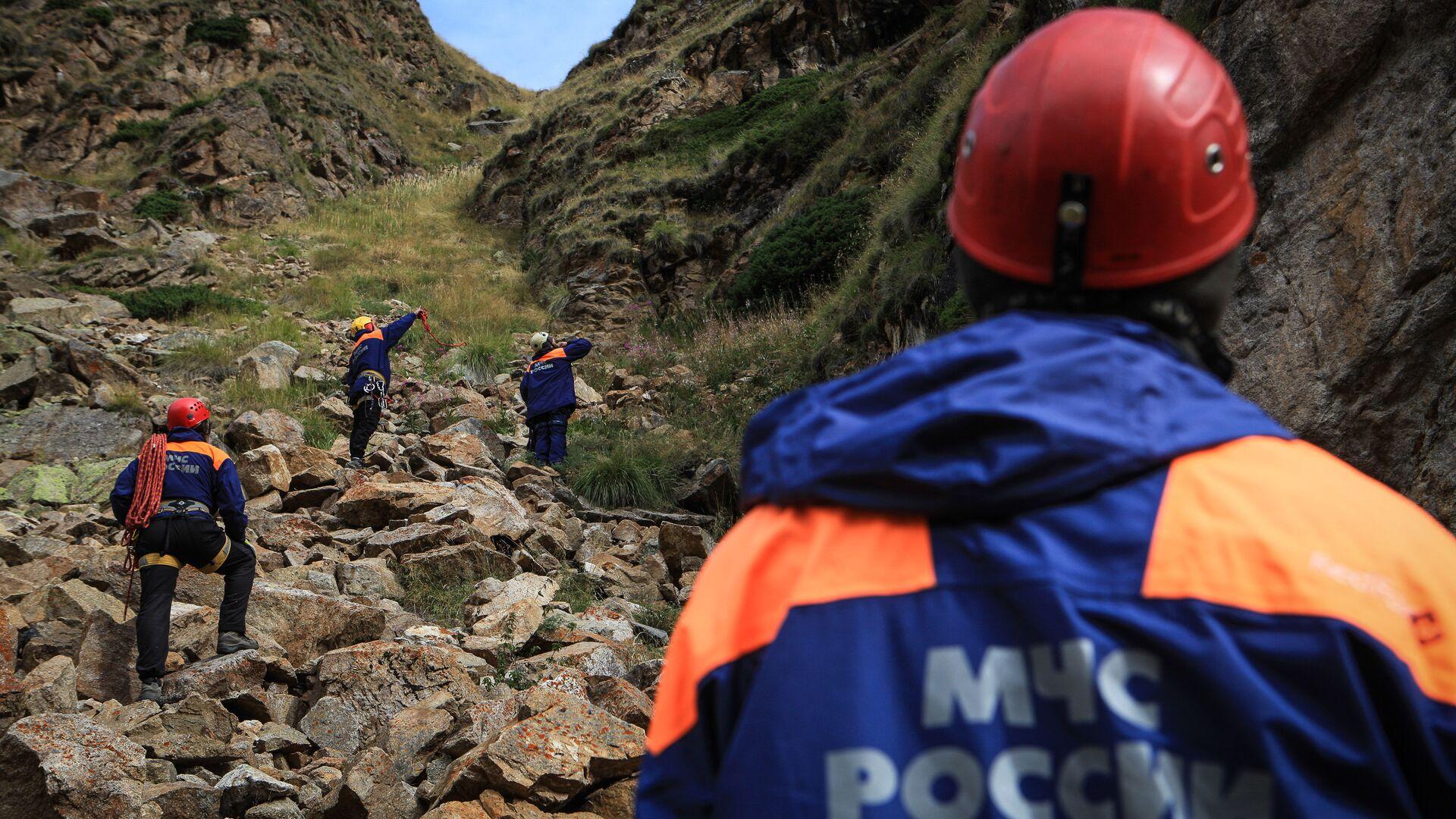 В Кабардино-Балкарии сель перекрыл дорогу к альплагерю