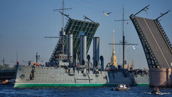 Корабль-музей Аврора. Архивное фото