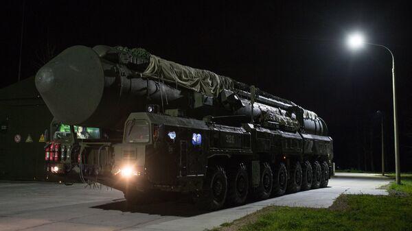 ПГРК Ярс Новосибирского ракетного соединения перед выходом на маршруты боевого патрулирования
