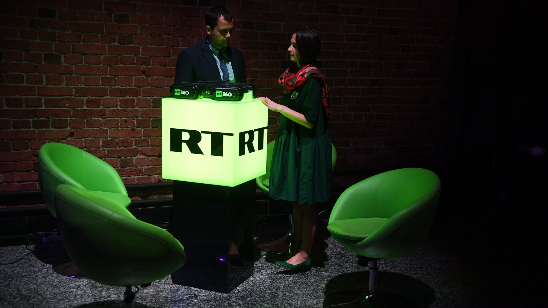 Гости на вечере, посвященном десятилетию вещания канала RT Arabic - РИА Новости, 1920, 12.10.2020