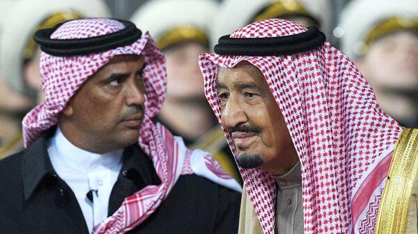 Король Саудовской Аравии Салман бен Абдель Азиз Аль Сауд в аэропорту Внуково-2