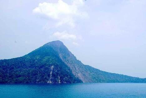 Осколок вулкана Кракатау - Раката