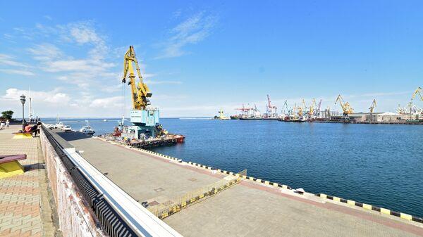 Акватория грузового порта в Одессе. Архивное фото