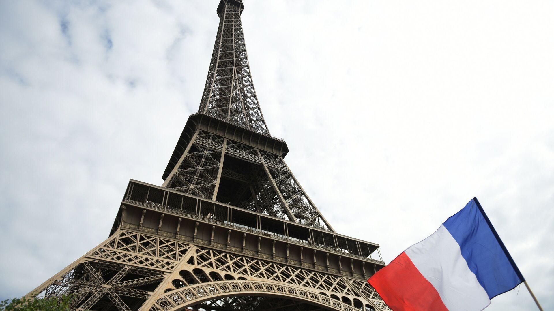 Эйфелева башня в Париже - РИА Новости, 1920, 22.10.2020