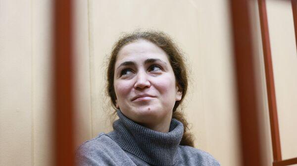 Директор Российского академического молодежного театра Софья Апфельбаум в Басманном суде Москвы