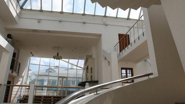 Здание Театра Школа драматического искусства на Поварской. Архивное фото