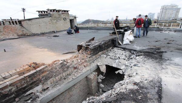 Повреждения жилого дома в Донецке в результате ночного обстрела. Архивное фото