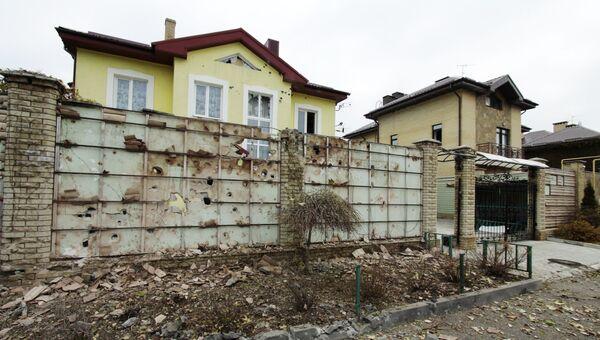 Последствия обстрела в Донецке. 6 ноября 2017