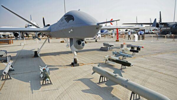 Разведывательно-ударный беспилотный летательный аппарат КНР Wing Loong-2 на Международной авиационно-космической выставке Dubai Airshow 2017
