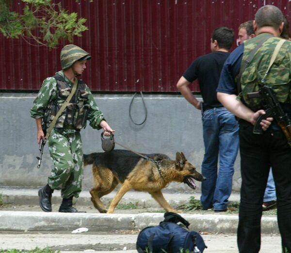 Режим КТО введен в центре Махачкалы, где ищут боевика