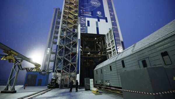 Подготовка к пуску ракеты носителя Союз-2.1б с космодрома Восточный