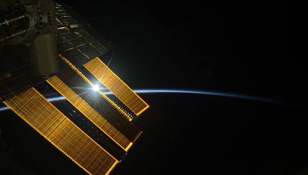 Рассвет на Международной космической станции