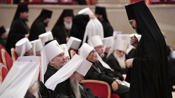 Православные архиереи на заседании Архиерейского собора Русской православной церкви. 1 декабря 2017
