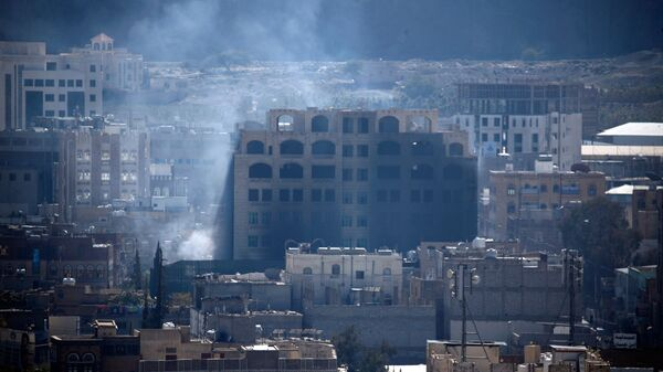 Дым в столице Йемена Сана