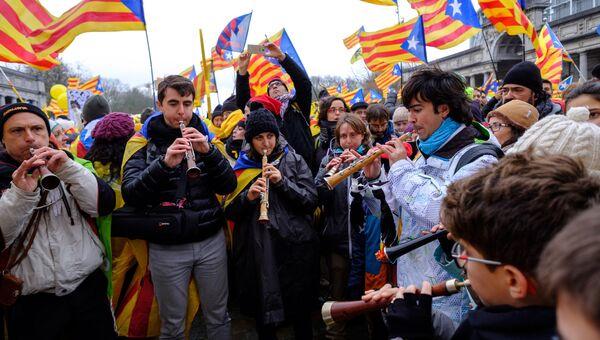 Участники демонстрации каталонцев. Архивное фото