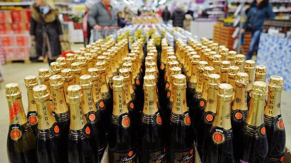 Алкогольная продукция в супермаркете