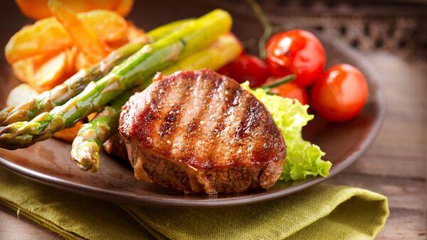 Говяжий стейк с овощами