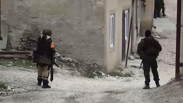 Сотрудник правоохранительных органов в селе Губден Карабудахкентского района Дагестана