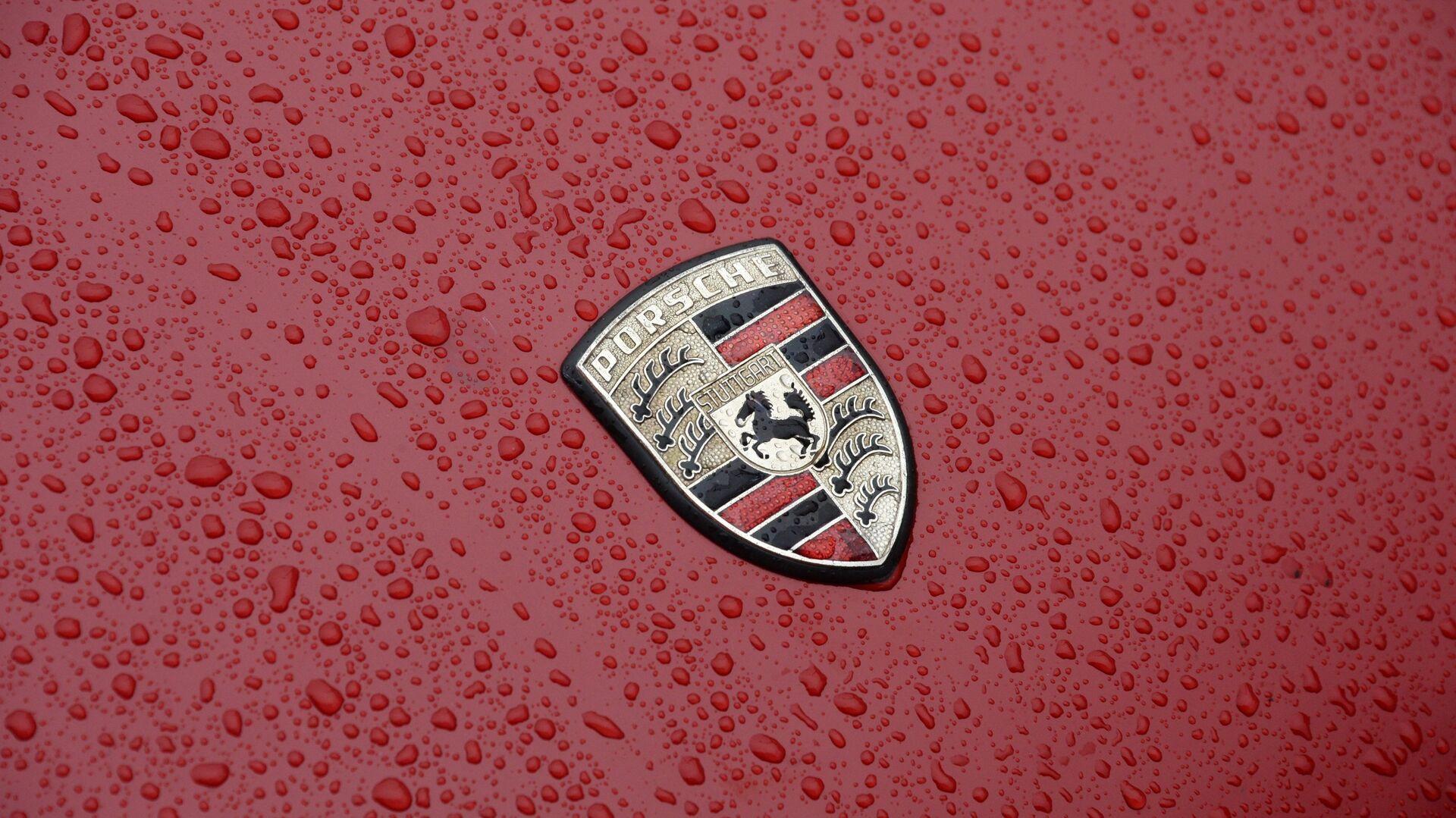 Значок немецкой автомобильной компании Porsche - РИА Новости, 1920, 22.07.2021