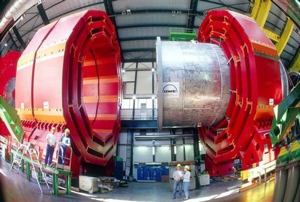 Большой адронный коллайдер - детектор CMS