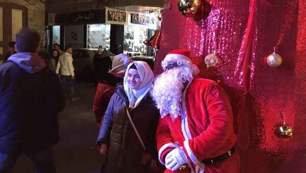 Рождественские гуляния в историческом центре Дамаска район Баб-Шарки и Баб-Тума. 25 декабря 2017