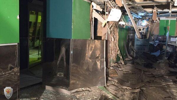 Последствия взрыва в магазине Перекресток в Санкт-Петербурге. 27 декабря 2017