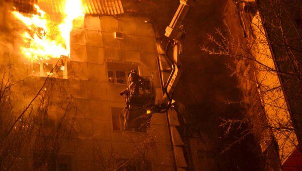 Пожар в доме на улице Олимпийская в Тюмени