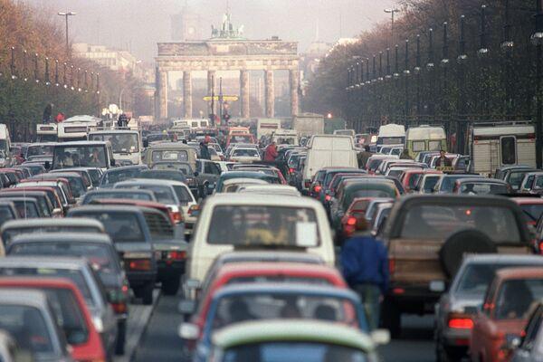 Пробка после падения Берлинской стены в 1989 году