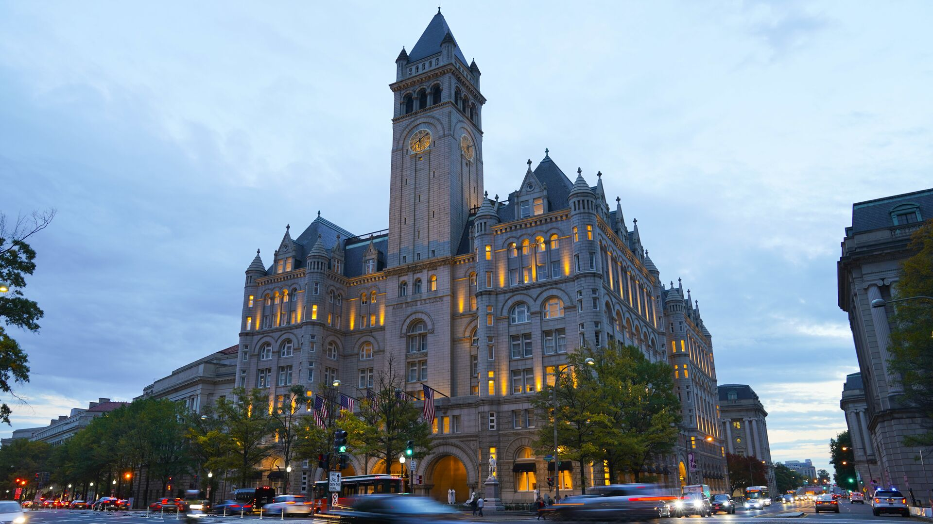 Trump International Hotel на Пенсильванском проспекте в Вашингтоне - РИА Новости, 1920, 17.02.2021