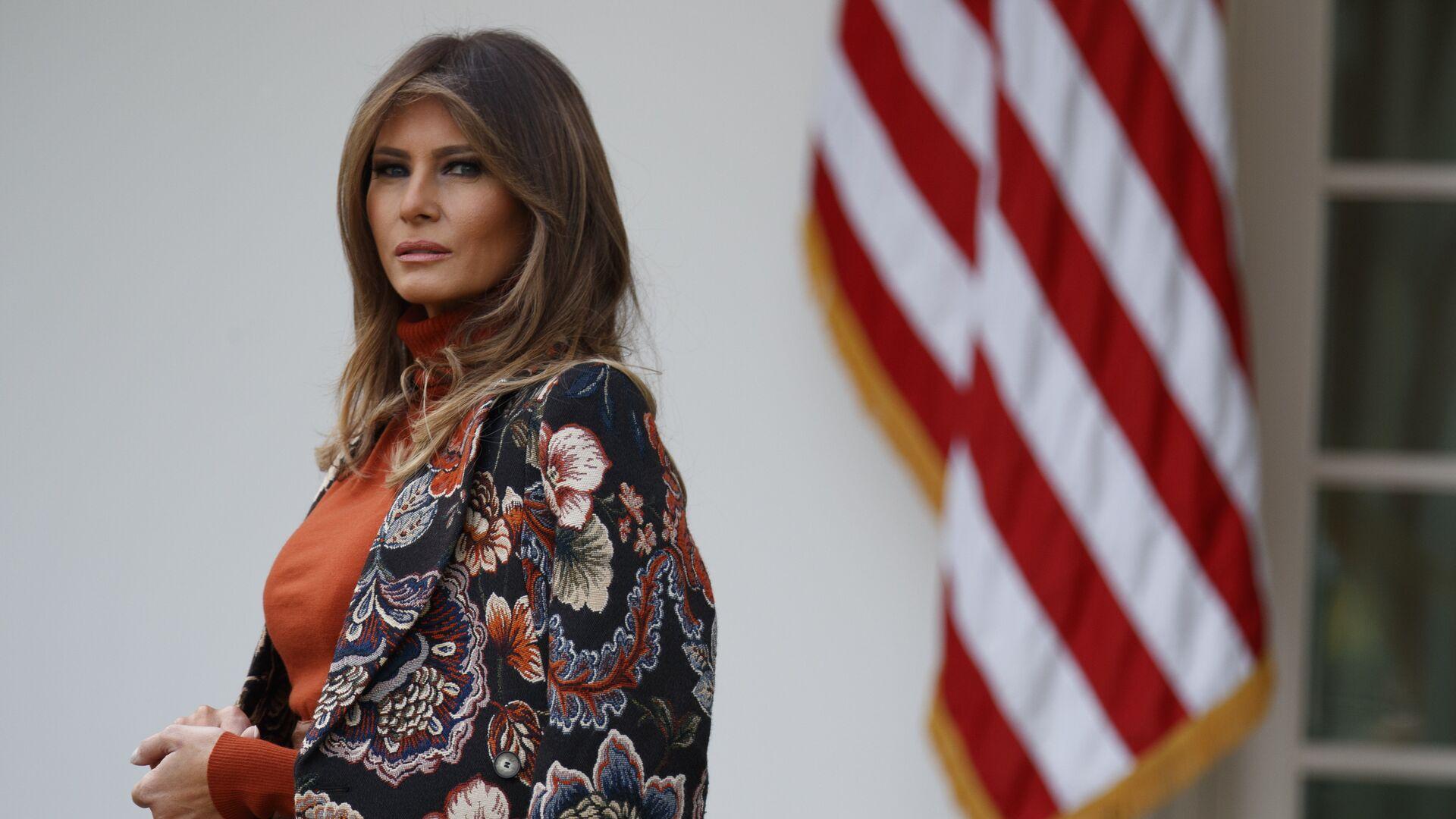 Первая леди Меланья Трамп в Розовом саду Белого дома - РИА Новости, 1920, 11.01.2021