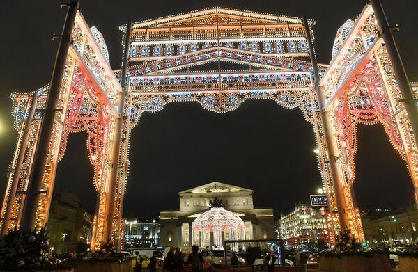 Новогодняя иллюминация в Москве