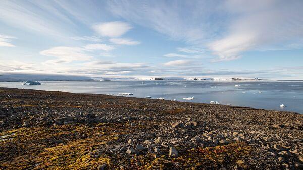 Остров в Арктике. Архивное фото