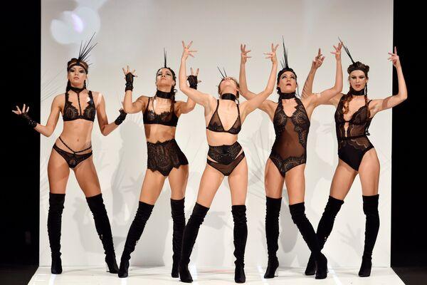 Международная выставка нижнего белья в Париже