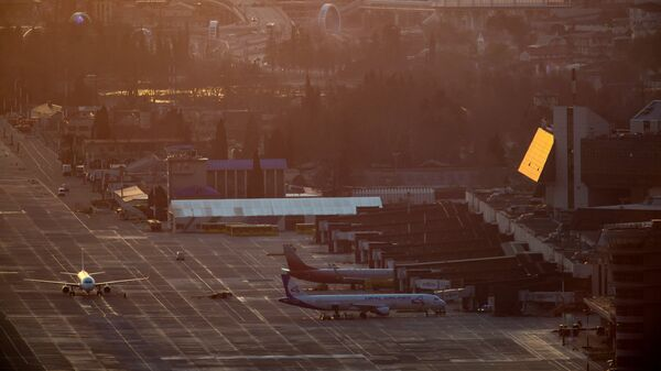 Самолеты в Международном аэропорту Сочи