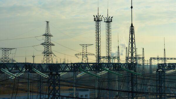 Трансформаторная площадка первой в России электростанции с парогазовым бинарным циклом на базе Северо-Западной ТЭЦ в Санкт-Петербурге