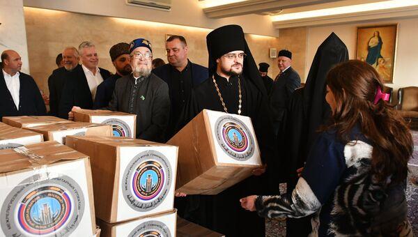 Межконфессиональная делегация религиозных деятелей из России доставила гумпомощь сирийским беженцам в Ливане